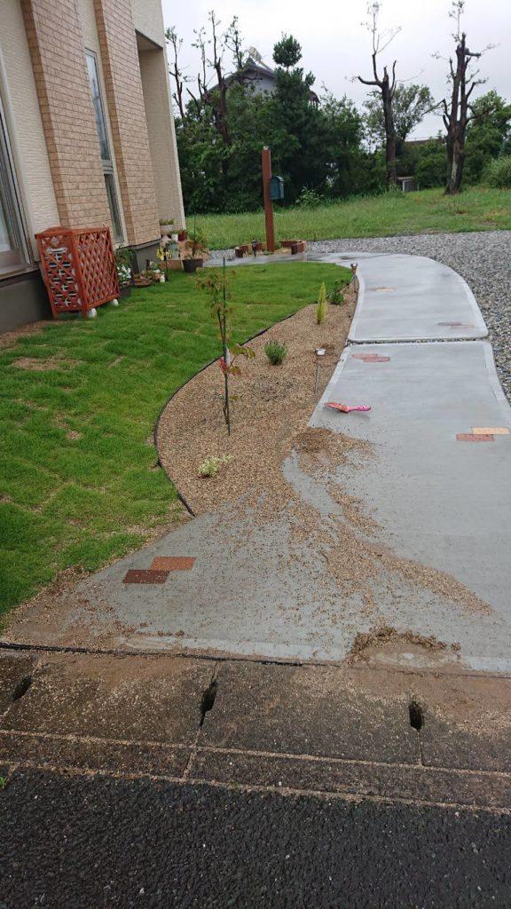 庭土流出を防ぐ土留め工事!「お家の塗装・エクステリア・リフォーム・修繕のABeco-アベコ-」